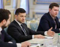 Карантин в Украине: Зеленский принял важное решение относительно школьников