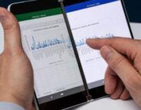Microsoft придумала, как решить актуальную проблему сгибаемого Surface Duo