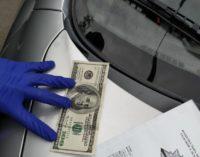 В Запорожье пьяный водитель пытался за 100 долларов «замять» ДТП