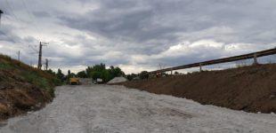 На трассе Кропивницкий-Запорожье возле разрушенного моста построят временную переправу: что происходит на объекте сейчас, — ФОТОРЕПОРТАЖ