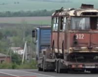 В Запорожье из Ялты привезли крымский троллейбус, — ВИДЕО
