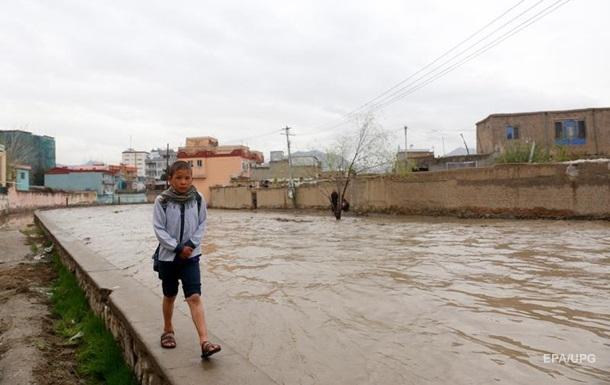 В Афганистане во время паводка утонули 15 детей