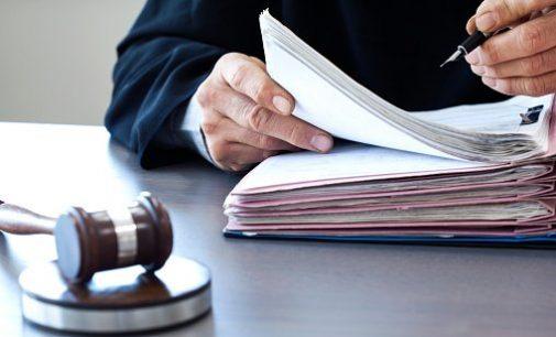 В Запорожье суд согласился заочно отправить под арест мужчину за попытку подорвать избирательный штаб