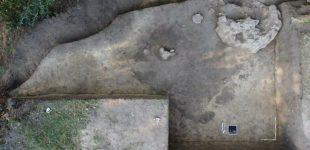 Запорожские археологи нашли во время раскопок печь, которой более тысячи лет
