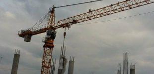 В центре Харькова рухнул строительный кран