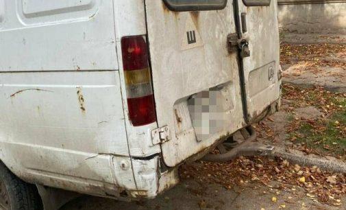 Отдала ключи и оставила на ремонт: в Харькове пьяный работник угнал грузовой автомобиль женщины, — ФОТО