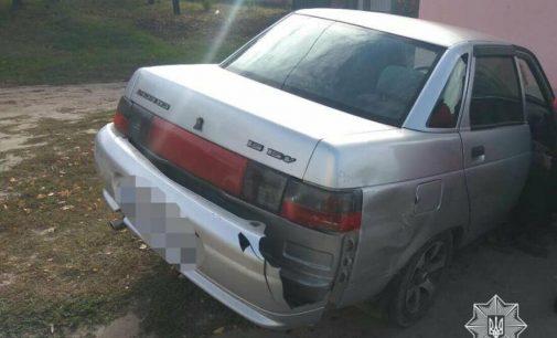 В Харькове столкнулись два легковых авто: одна из машин «вылетела» в остановку, есть пострадавшие, — ФОТО
