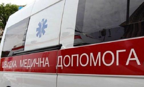 """В Запорожской области в доме загорелся электрообогреватель: """"скорая"""" госпитализировала 75-летнюю пострадавшую"""